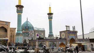 مسجد الإمام زاده في منطقة شيميران بالعاصمة الإيرانية طهران