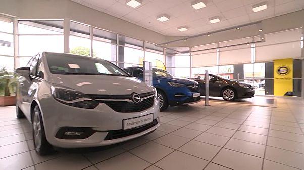 Ευρώπη: Κατάρρευση της αγοράς αυτοκινήτων τον Απρίλιο λόγω πανδημίας