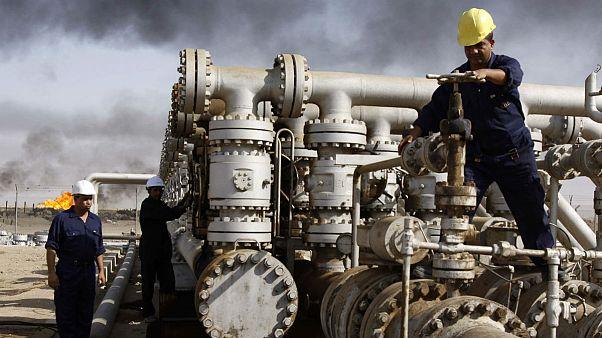 سقوط قیمت نفت اقتصاد عراق و بحرین را زمینگیر کرد
