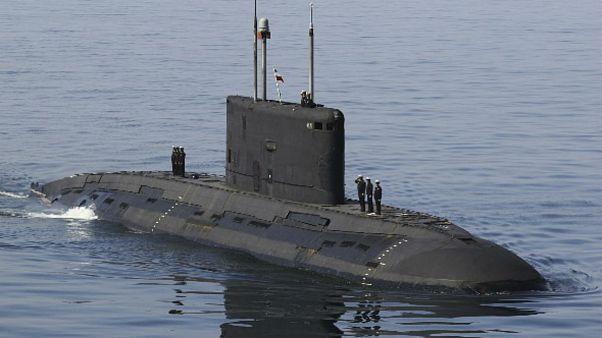 یکی از زیر دریاییهای کلاس کیلو در اختیار نیروی دریایی ارتش ایران