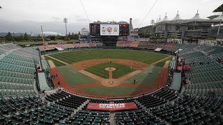 No Comment: újraindult a baseball-szezon Dél-Koreában