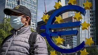 دادگاه عالی آلمان بخشی از برنامه بانک مرکزی اروپا را غیرقانونی اعلام کرد