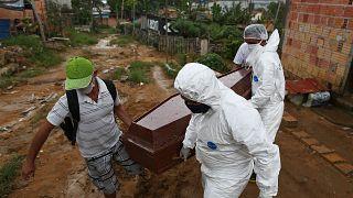 أكثر من ربع مليون وفاة بسبب كورونا حول العالم