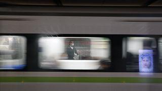 Commuters wearing face masks now obligatory in public transport
