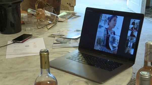 Ils inventent des nouvelles façons de vendre et de faire apprécier leur vin
