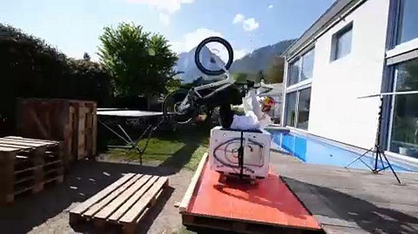 شاهد: استعراض منزلي لفنون ركوب الدراجات الهوائية في النمسا