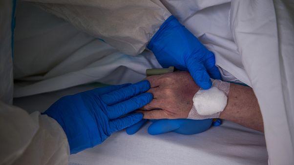 Koronavírus-járvány Magyarországon: szerda reggel 373 áldozat, 3111 igazolt fertőzött
