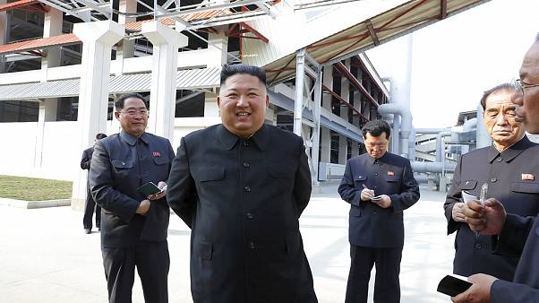 Kim Dzsongun az észak-koreai hírügynökség felvételén, 2020.05.01.