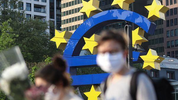 """Bruxelas prevê recessão """"histórica"""" na União Europeia em 2020"""