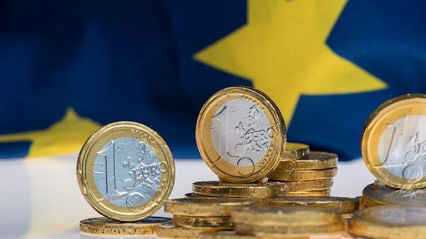 Κομισιόν: Ύφεση 9,7% στην Ελλάδα και 7,4% στην Κύπρο σύμφωνα με τις εαρινές προβλέψεις