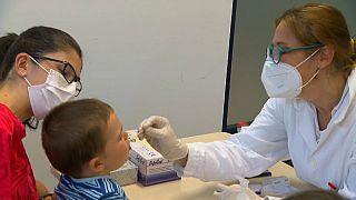 Autriche : tests de dépistage du coronavirus disponibles à 190 euros l'unité