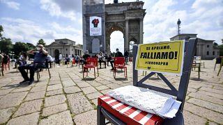 Protesta de los propietarios de bares y restaurantes en Milán
