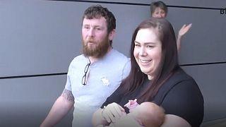 بریتانیا؛ مادر و نوزاد مبتلا به کووید۱۹ از بیمارستان مرخص شدند