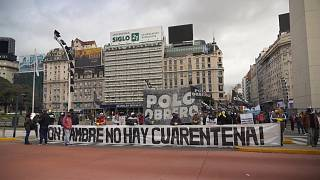 Manifestantes pedem comida na Argentina