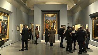 Covid 19: in Italia i musei riaprono nel segno di Raffaello