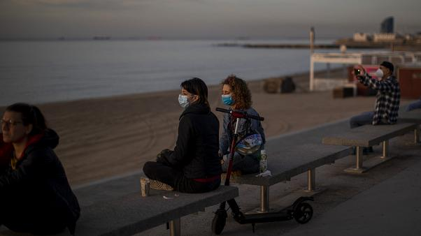 Maske und Mindestabstand: So könnte Strandurlaub in Corona-Zeiten aussehen