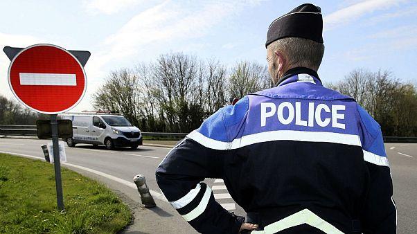 ماموران پلیس فرانسه به دلیل خشونت با پناهجوی افغان به زندان محکوم شدند