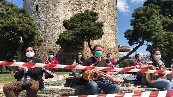 Θεσσαλονίκη: Συμβολική διαμαρτυρία των εργαζομένων στον πολιτισμό