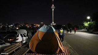 مردم تهران پس از وقوع زلزله ۵.۱ ریشتری به خیابانها آمدند