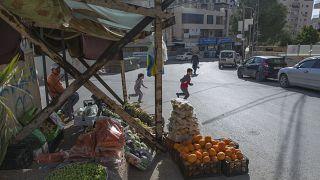 سوق في بلدة كفر عقاب بالضفة لغربية