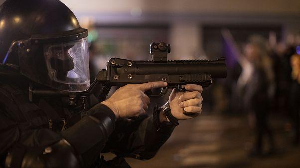 شرطي إسباني