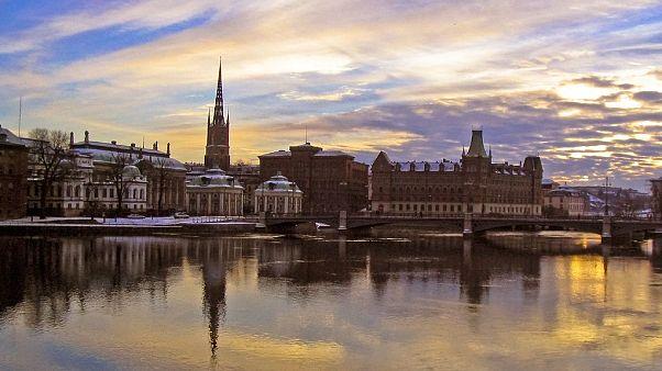Vi sveliamo la strategia anti coronavirus in Svezia
