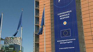 Еврокомиссия: открывать границы пока рано