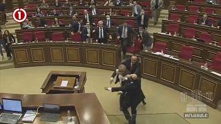 Массовая драка в армянском парламенте