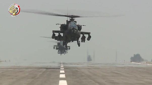 أباتشي تابعة للجيش المصري  - وزارة الدفاع المصرية