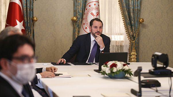 Türkiye'de üç kamu bankasına 20 milyar TL sermaye enjekte edilecek