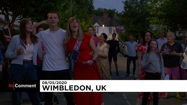 'We'll Meet Again': los británicos conmemoran el Día de la Victoria