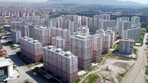 TOKİ'nin Ankara Mamak'ta yaptığı Kentsel Dönüşüm Projesi.
