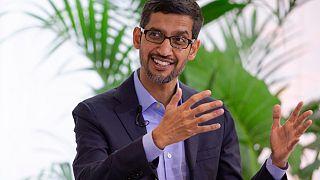 غوغل وفيسبوك تؤجلان عودة الموظفين إلى مكاتبهما إلى 2021