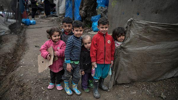 Moria mülteci kampında çocuklar / Yunanistan