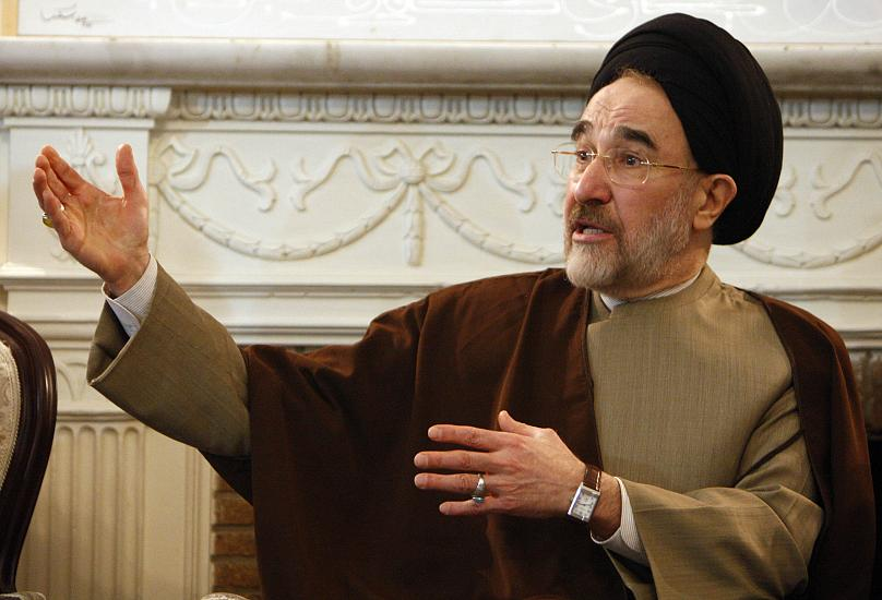 Hasan Sarbakhshian/AP2009