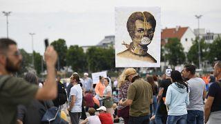Protestas en Europa contra confinamientos y restricciones de derechos