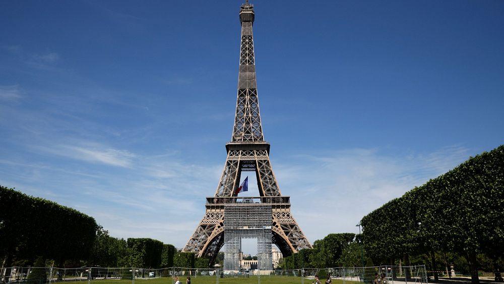 Francia aprueba nuevas medidas para combatir la 'catástrofe' de Covid-19 mientras se prepara para aliviar el bloqueo 7