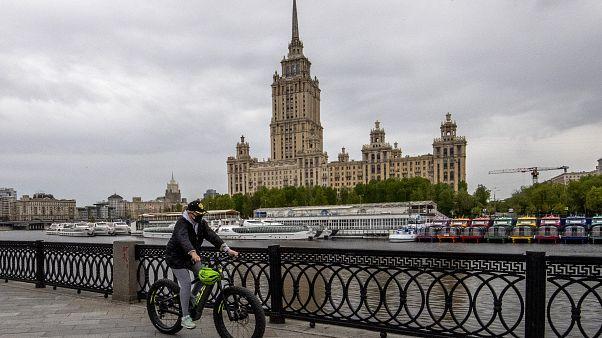 Россия: пик пандемии близок