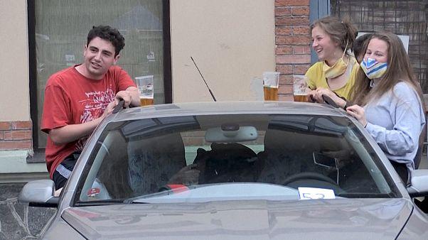 Фестиваль на парковке в Праге