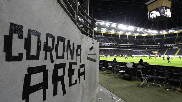Detectados 5 positivos asintomáticos entre futbolistas de 1ª y2ª división en España
