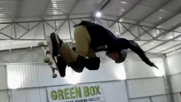 Brasileiro de 11 anos já é lenda no skate