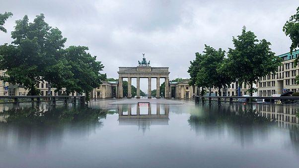 Γερμανικό υπουργείο Υγείας: Αύξηση του R0 δεν σημαίνει απαραίτητα νέα έξαρση