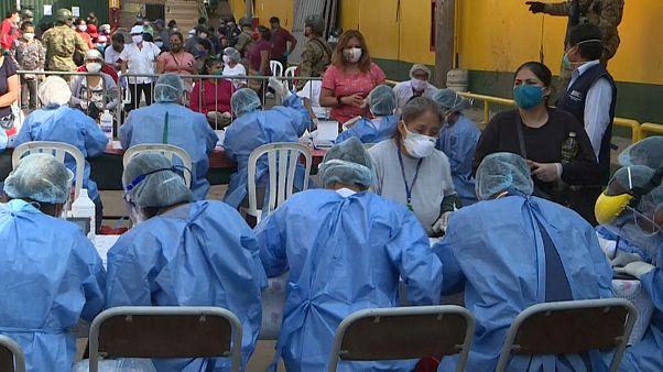 Los mercados de Perú, focos de contagio masivo de coronavirus