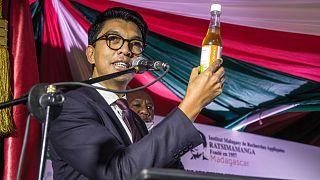 Madagaskar'dan yerli Covid-19 ilacını 'ciddiye almayanlara' yanıt: Avrupa'dan gelseydi şüphe olmazdı