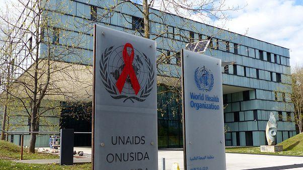 DSÖ: Koronavirüsler çok aldatıcı, onlara karşı aşı üretmek zor