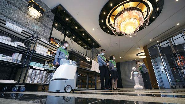 قريبا.. الروبوت سيحل محل البشر في متاجر التجزئة