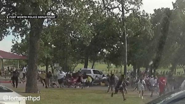 الشرطة الأمريكية في تكساس تطلق النار على مرتادي إحدى الحدائق العامة لدفعهم لمغادرة المكان
