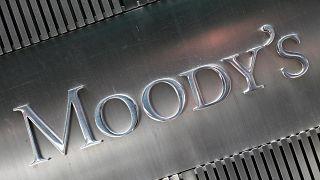 Moody's: Σταθερές από θετικές οι προοπτικές του αξιόχρεου πέντε ελληνικών τραπεζών