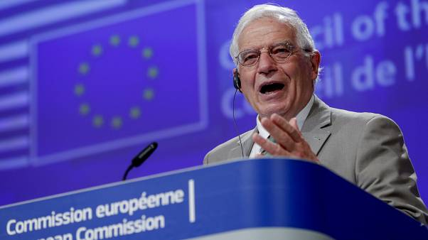جوزپ بورل در ساختمان کمیسیون اروپا