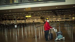 Koronavirüs yasakları gevşetilirken uluslararası seyahatlerin geleceği ne olacak?